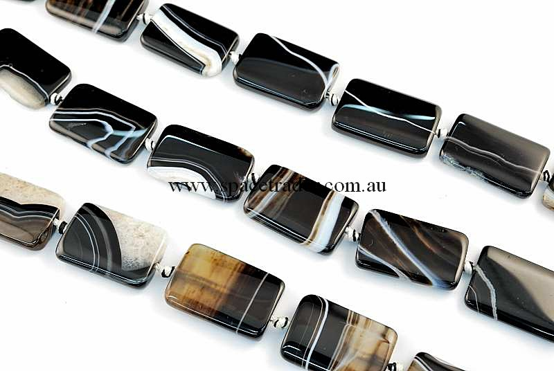 Agate - 20x30mm Rectangle Black Banded Agate Bead in 12 Pcs a Strand