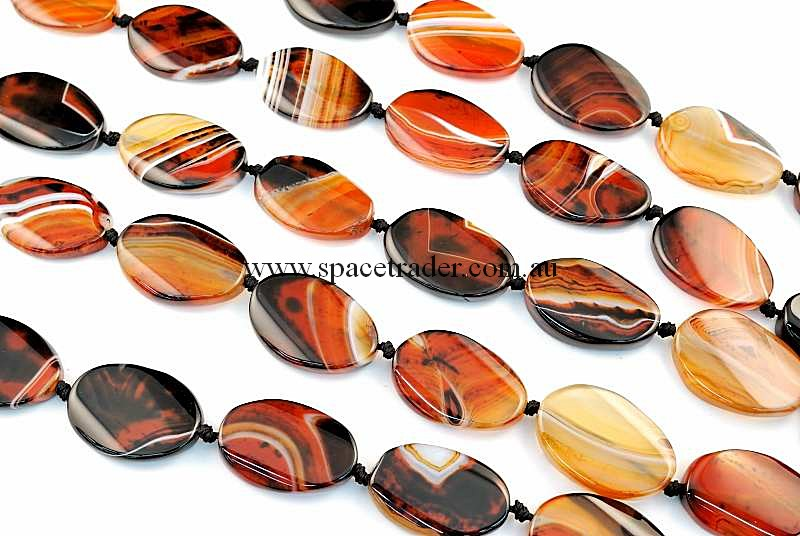 Agate - 20x30mm Oval Dream Agate Bead in 12 Pcs a Strand