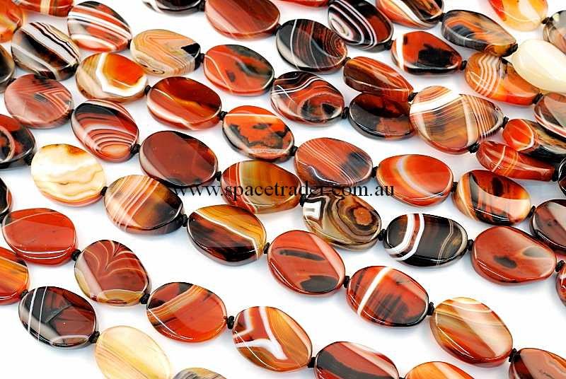 Agate - 20x28mm Oval Dream Agate Bead in 14 Pcs a Strand