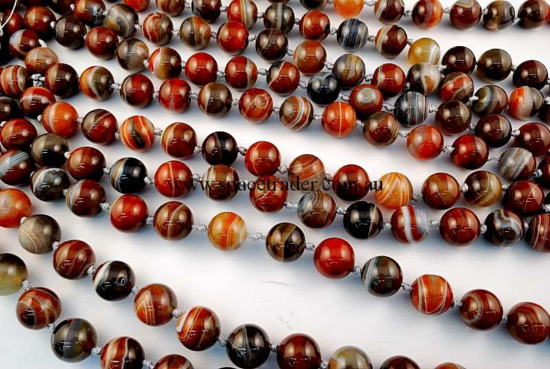 Agate - 16mm Plain Round New Botswana Agate in 21 Pcs a Strand