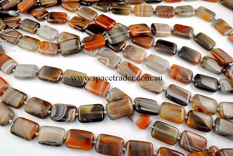 Agate - 18x25mm Puffed Rectangle New Botswana Agate in 15 Pcs a Strand