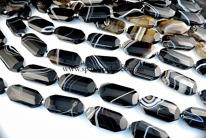 Agate - 20x40mm Faceted Oct-Rectangle Black Banded Agate in 9 Pcs a Strand