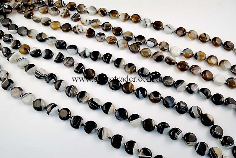 Agate - 12mm Puffed Circle Black Banded Agate in 28 Pcs a Strand