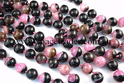 Agate - 20mm Plain Round Black Agate with Inclusion in Dye Fuchsia Colour in 17 Pcs a Strand