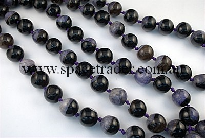 Agate - 20mm Plain Round Black Agate with inclusion in Dye Purple Colour in 17 Pcs a Strand