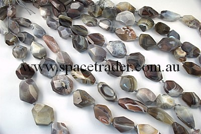 Agate - 18x27mm - 26x32mm Irregular Faceted Nugget Botswana Agate in 10-13 Pcs a Strand