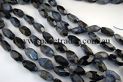 Agate - 18x30mm, 16x34mm Irregular Faceted Nugget Black Agate with Inclusion in Dye Blue Colour in 12 Pcs a Strand