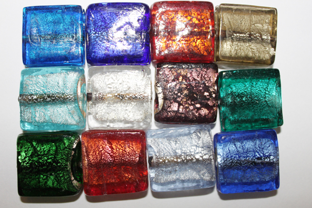 glass - *foil - 25mm flat square mix x 1 KG