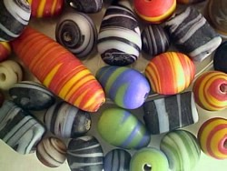 glass - mix - 2744KG - KG swirly beads mix x 1KG