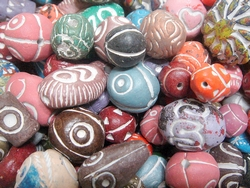 ceramic beads - 16011 - mix x 1kg