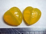 glass - 1828-012 - 18mm heart - trans yellow x 1 KG