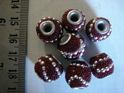 kashmiri beads - 15007 - silver / red x 200 beads